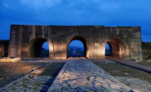 Thành Nhà Hồ - Điểm thăm quan tại Thanh Hóa