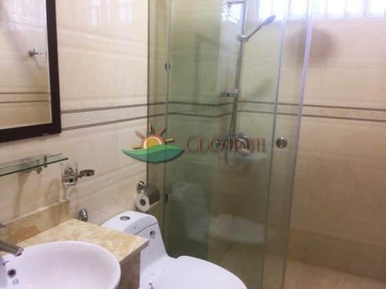 Phòng vệ sinh hiện đại sạch sẽ